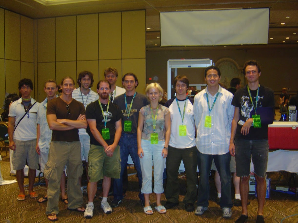 Shellphish Team Picture 2003